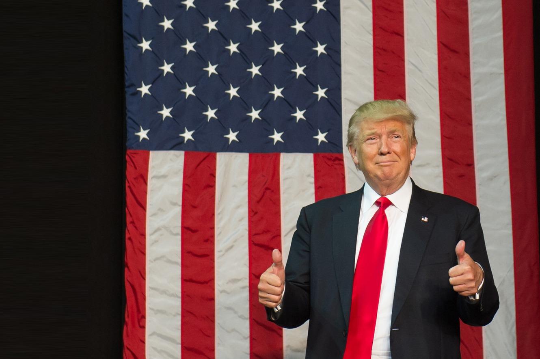 Thumbs flag bg