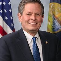 Steve daines official senate portrait